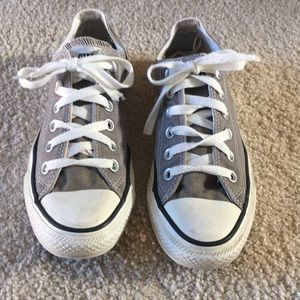 Grey converse sneakers size 6.5